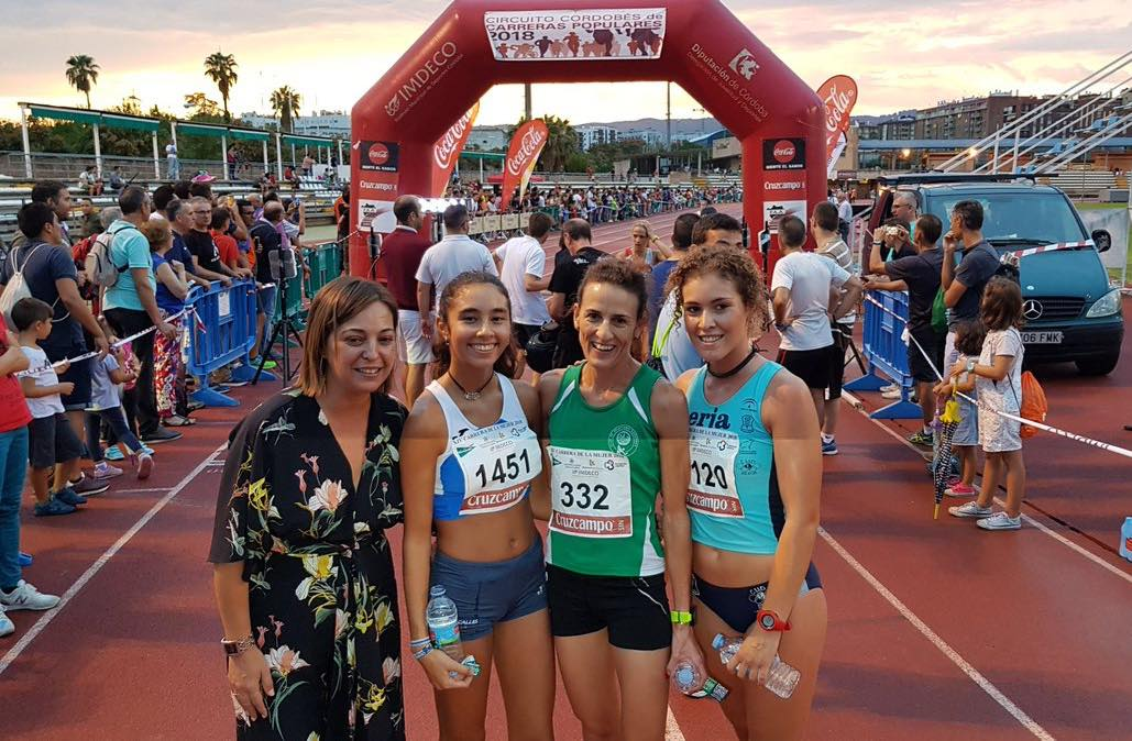 Lucia Fernandez 2ª clasificada en la XIV Carrera de la mujer