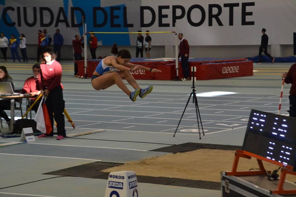 Natalia Álvarez marca mínima para el Cto. de España sub 16 y varias MMP de los atletas del club en Antequera
