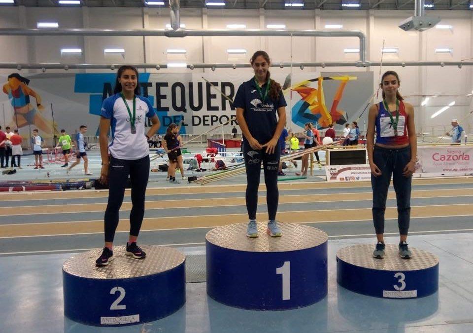 Completamos un histórico fin de semana con una medalla de plata en el campeonato andaluz de combinadas y numerosa participación de nuestros atletas en el andaluz de cross sub14, sub 12 y veteranos